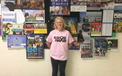 """Maddie Sy designs new """"Pink Out"""" shirts"""