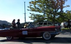 Students come out for Homecoming Parade on Oct. 5