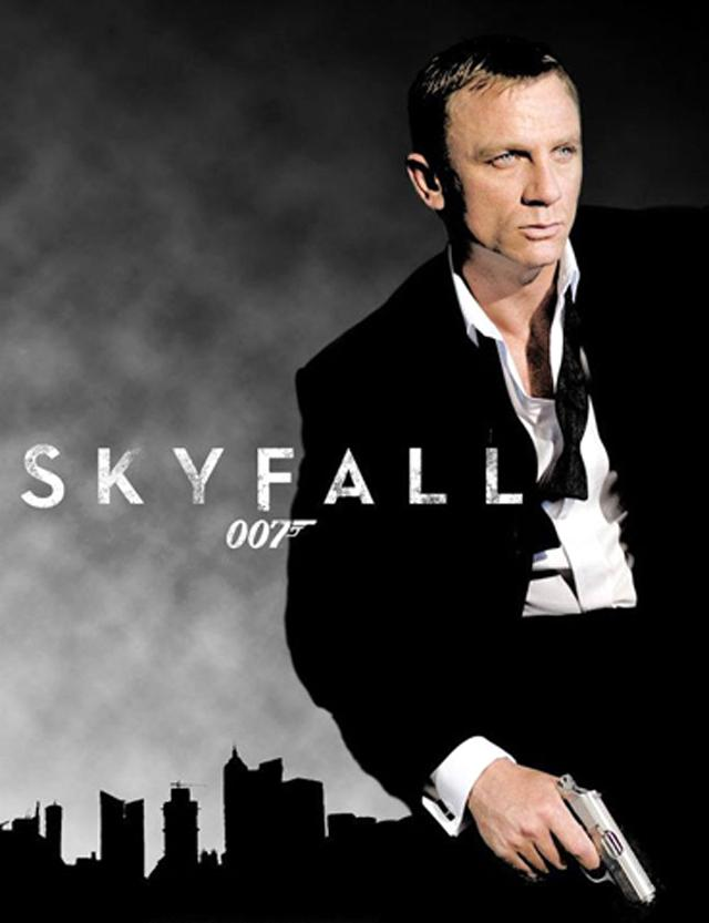 Skyfall apt to please james bond fans mcintosh trail - Daniel craig bond wallpaper ...