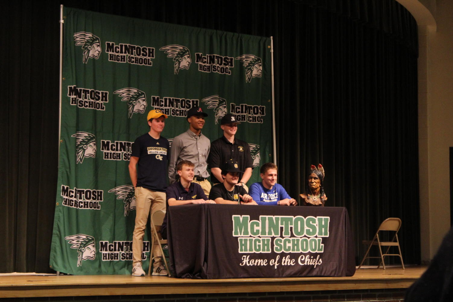 Senior signees joined together in the auditorium to officially sign in continuing their athletic and academic careers.