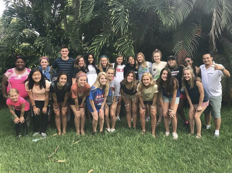 AP Human Geography students take one last photo together in Costa Rica with their tour guide, Wendy.
