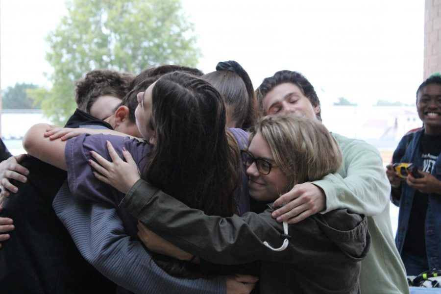 The+cast+of+Bellwether+gets+together+for+a+group+hug+before+their+big+performance+for+the+judges.